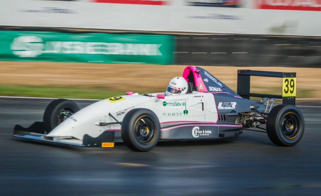 Line Sønderskov Formel 5